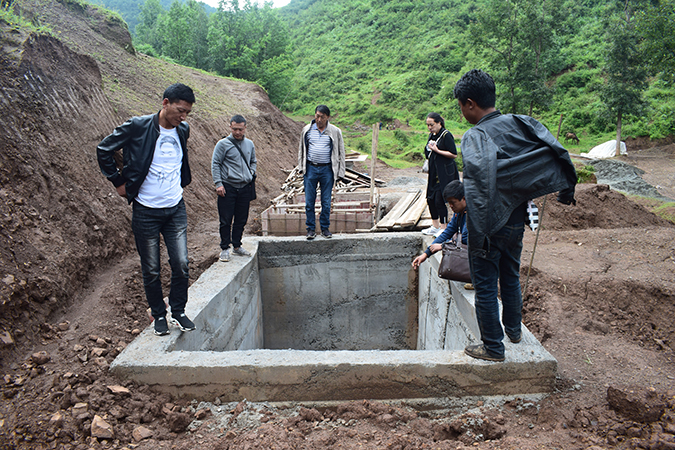 supervise the construction of water pool and give technical guidance.jpg